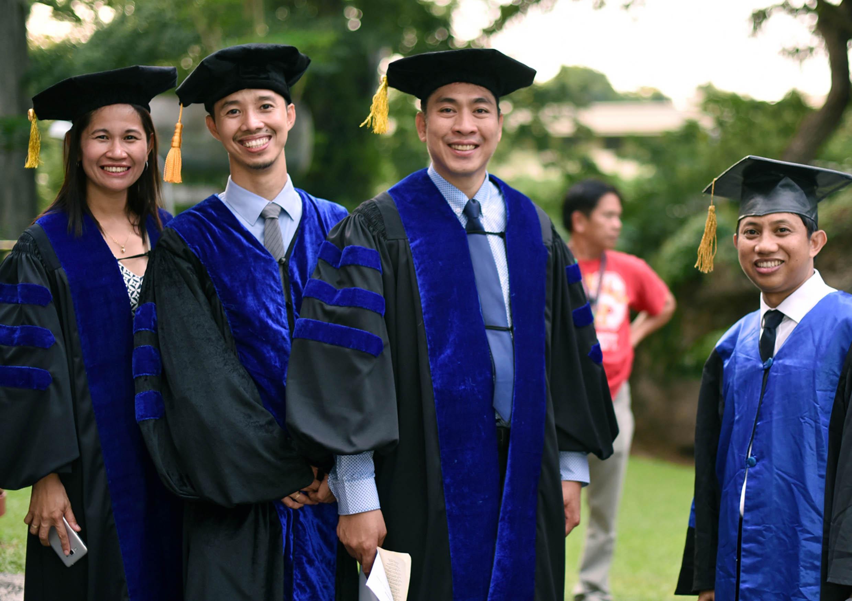 graduate-school-graduate-scholarships