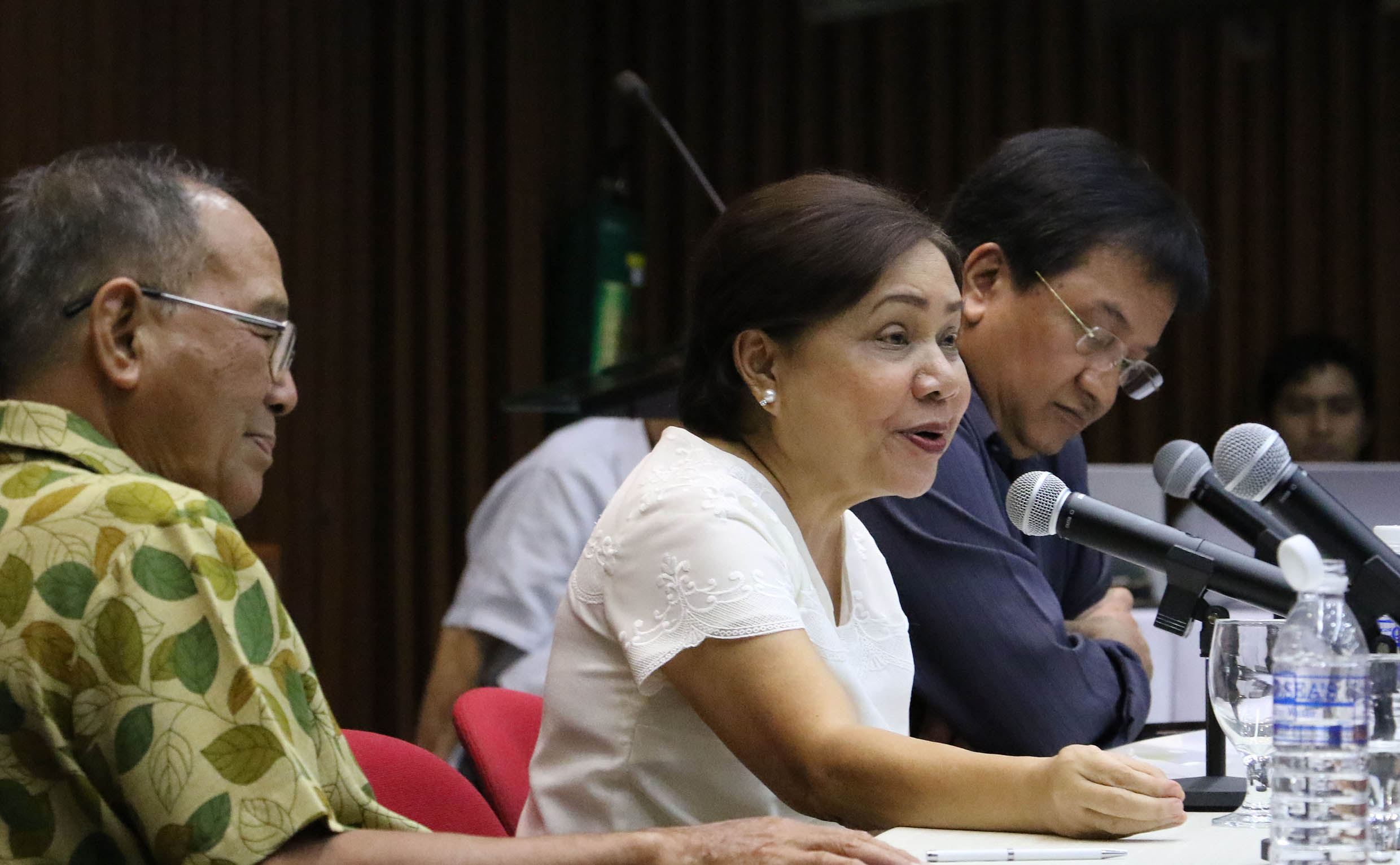 Thought leaders hold agri modernization dialogue with Sen. Villar