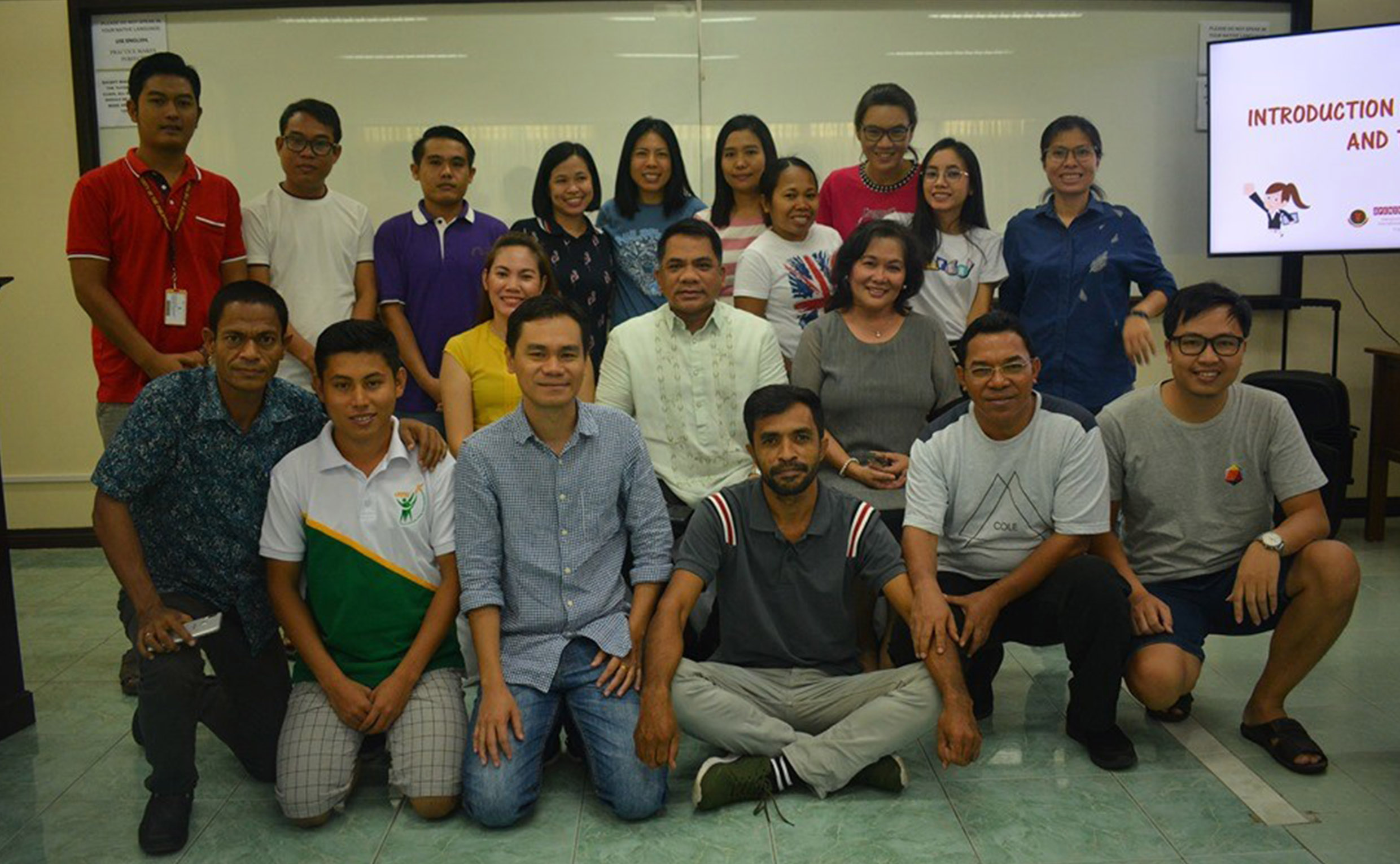 CAS trains UPLB int'l grad students in English