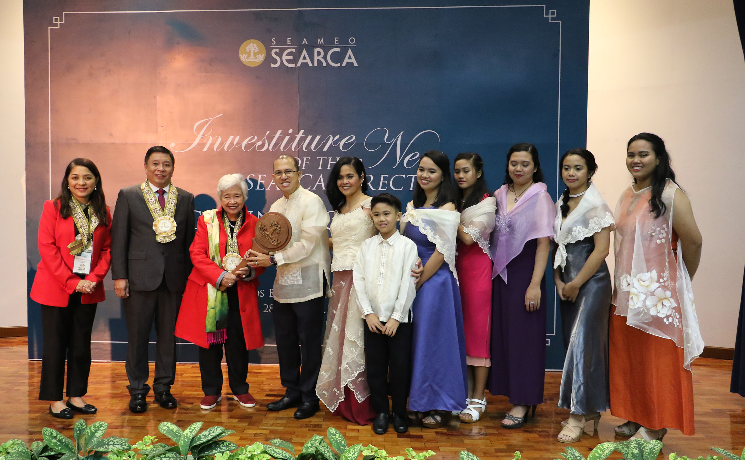 Dr. Glenn Gregorio is formally invested as SEARCA director