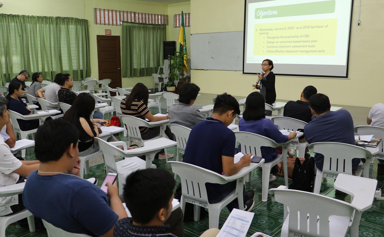 Seminar for new teachers focuses on facilitating learning