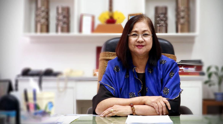 Dr. Myrna Carandang, UPLB's longest-serving university registrar