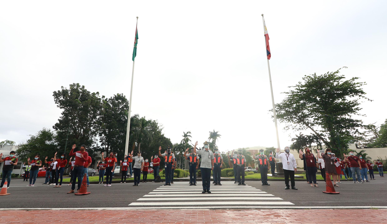 OC welcomes returning WFH staff to UPLB