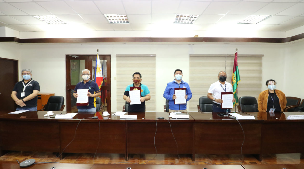 UPLB signs MOA with the Dep't of Human Settlements
