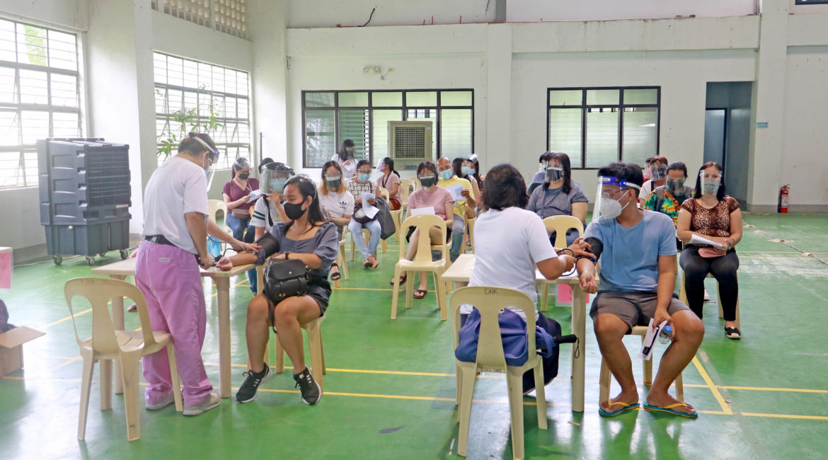 UPLB expands vaccination drive to students, dependents